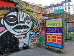 Street-art et publicité: Da Cruz reste bouche bée devant l'affiche Monoprix