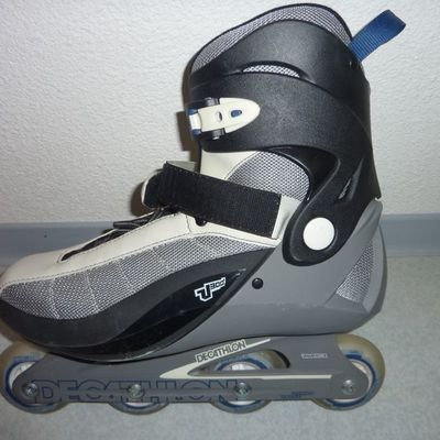 paires de rollers homme V300 DECATHLON + protections