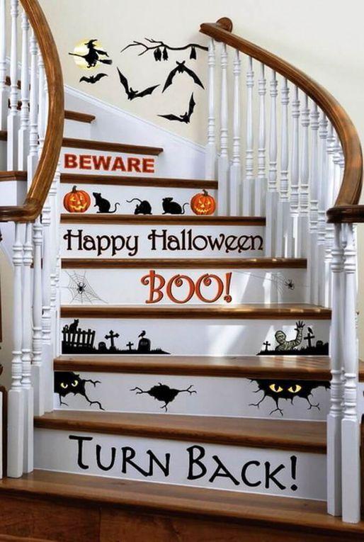 Halloween : Comment décorer les escaliers de ma maison