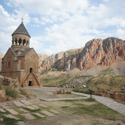 Hitch-hiking from Yerevan to Tatev... Easy !!!