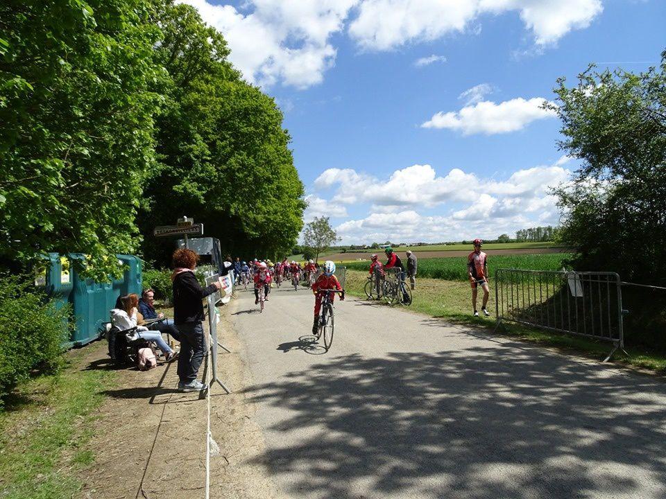 Album photos des courses de jeunes à Bethonvilliers (28)