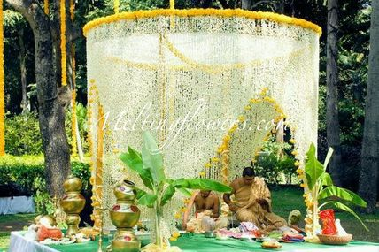 Integral Role Of Flowers In Event Decorations