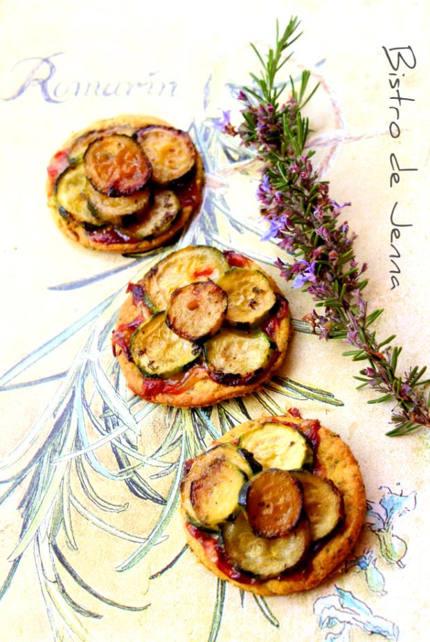 Mini tartelette de courgettes confites au miel, romarin et gorgonzola