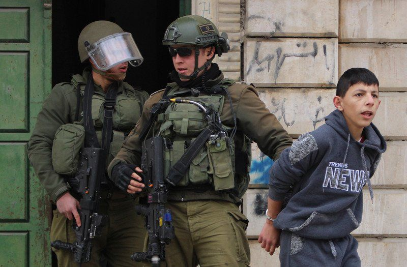 Arrestation d'un enfant Palestinien