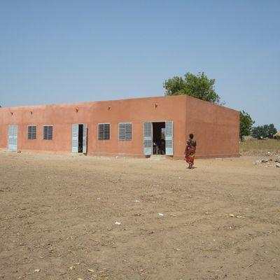 Classes Oumnoghin et Panneaux solaires 2012