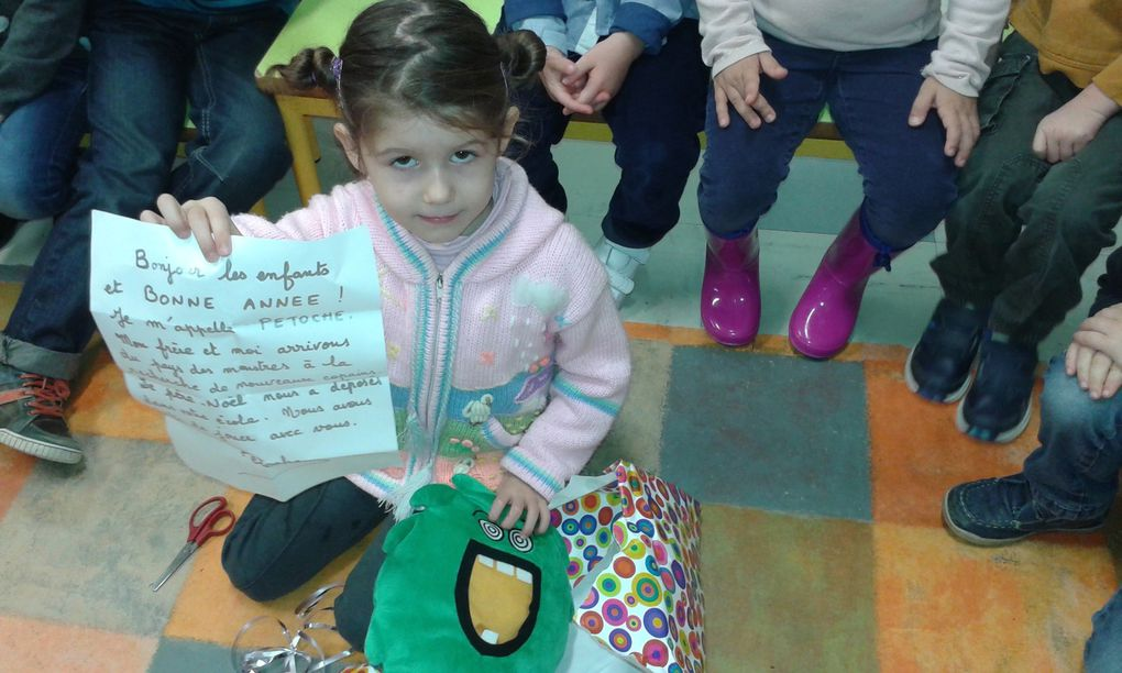 MS Régine : le Père-Noël est passé dans la classe!