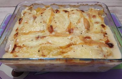 Tartiflette revisitée au jambon et au Chaumes