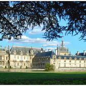 Chantilly, le château vu du parc - Images du Beau du Monde