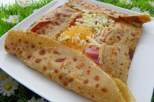 CREPE AU SARRASIN FARCIES A L'OEUF - JAMBON - FROMAGE ( thermomix)