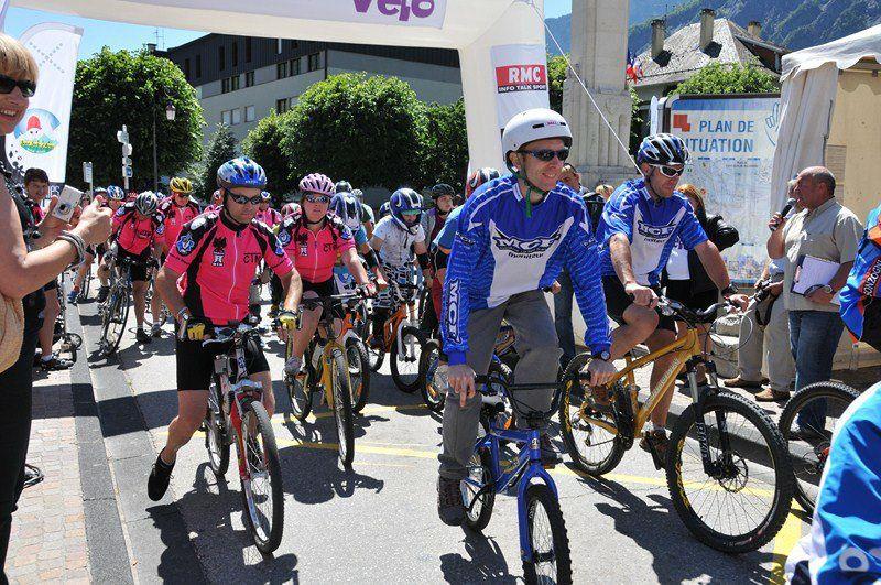 Saint-Jean-de-Maurienne a donné le coup d'envoi de la 15e édition de la Fête nationale du Vélo.  Photos : P.Dompnier