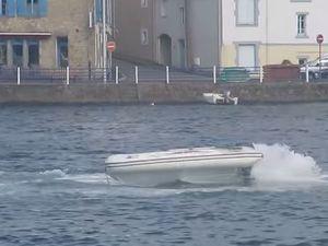 VIDEO - rodéo avec un bateau fou à Douarnenez (29)