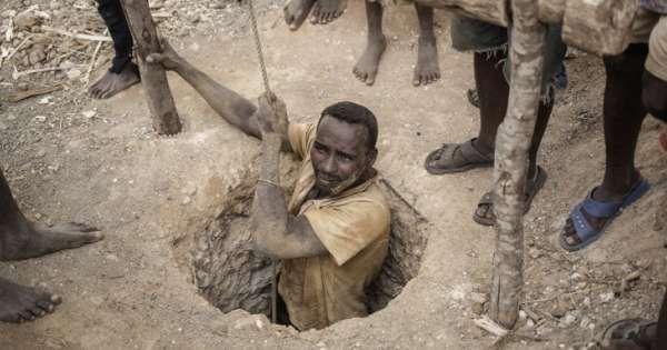 """"""" Madagascar est le seul pays qui s'appauvrit depuis soixante ans sans avoir connu la guerre """""""