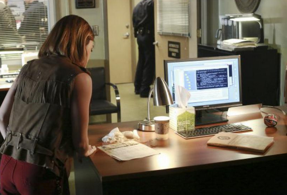 Critiques Séries : Pretty Little Liars. Saison 6. Episode 18.