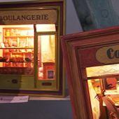 Annie Leveillault, une grande passionnée des commerces d'autrefois - Le journal de 13h   TF1