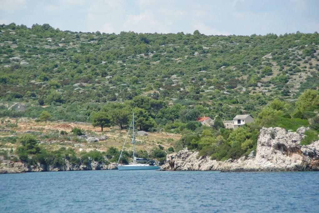 quelques photos de villes et de mouillages de Dalmatie