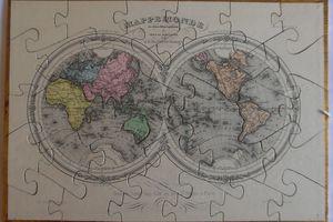 des puzzles , aussi chez Paul PERRET