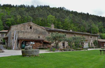 Bienvenue au moulin des Massons dans les Monts du Forez!