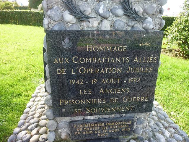 En l honneur des canadiens  -Aout 1942 -