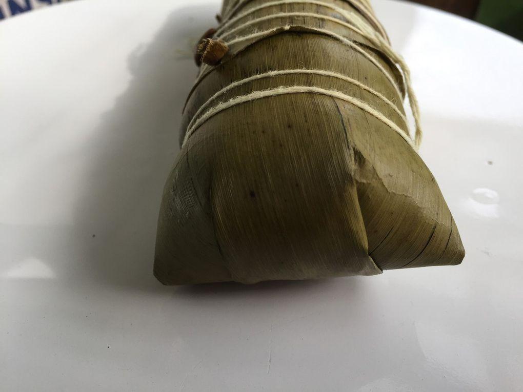 Num ansom chrouk - Rice cake with pork   (នំ អន្សមជ្រូក)