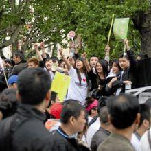 la manifestation des Chinois de Belleville contre l'insécurité : point de vue du Quotidien du Peuple