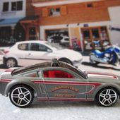 FORD MUSTANG GT CONCEPT HOT WHEELS 1/64 - car-collector.net