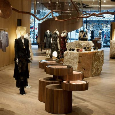ALEXANDER MCQUEEN NEW FLAGSHIP STORE IN LONDON, 27 OLD BOND STREET.