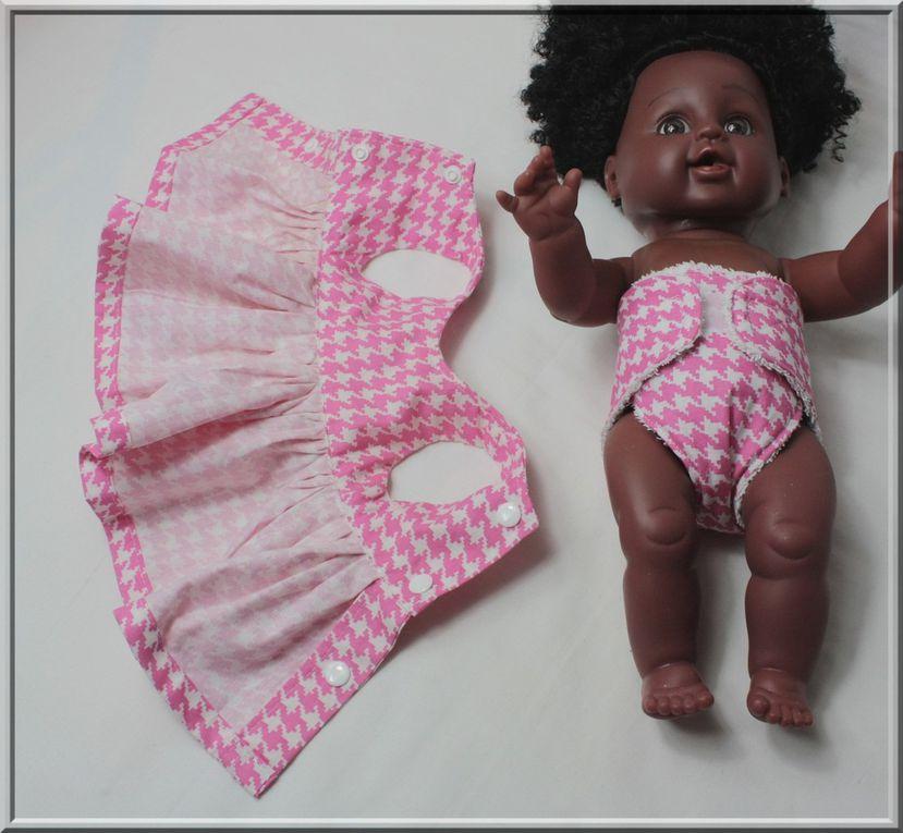 Patron robe cache-cœur et couche pour poupée