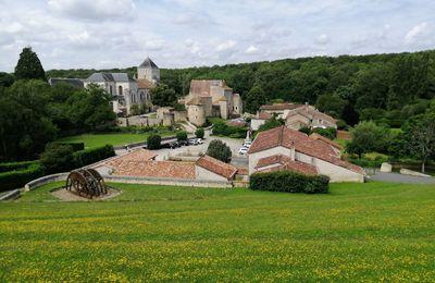 Nouaillé-Maupertuis , une abbaye et une bataille en Poitou (86)