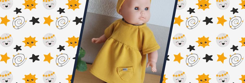 Robe pour poupée en molleton