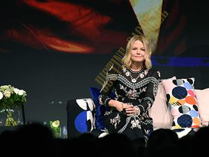 La douce Jennifer Morrison prend beaucoup de plaisir à partager ce genre de moments avec ses Fans.