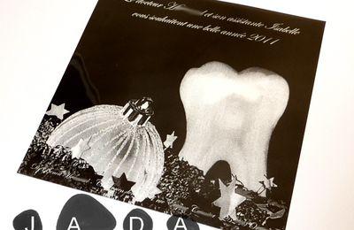 """Carte de voeux """"bonne année 2011"""" pour un dentiste, style radio dentaire..."""