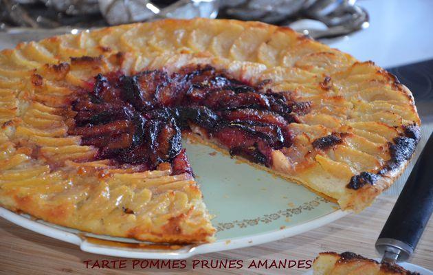Tarte aux pommes prunes et amandes