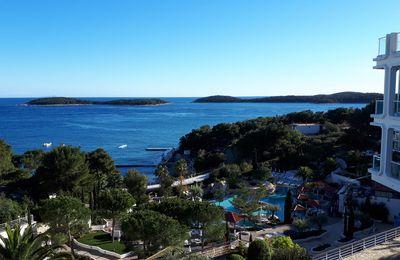 l'hôtel Amfora à Hvar, un lieu de séjour idéal pour Otillo et des vacances actives
