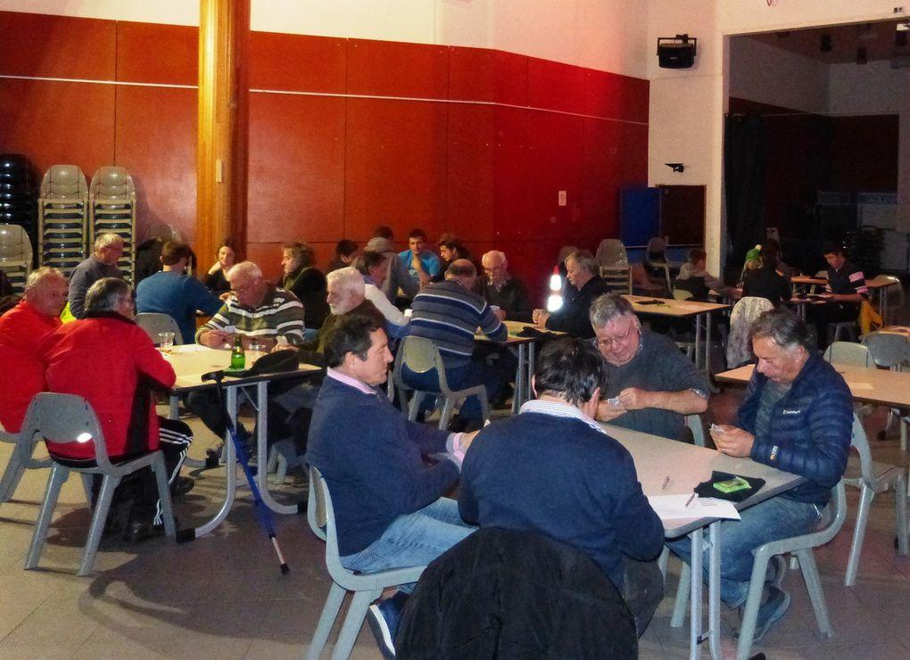 Bessans : concours de belote de l'association 'Mourra Savoia'