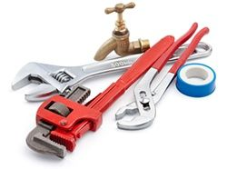 Few Checklists for Home or Business Owners before Hiring an Emergency Plumber