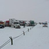 April Blizzard Causes 70-Vehicle Pile-Up on Wyoming Interstate