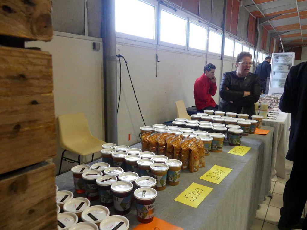 Des stands de produits alimentaires nombreux et variés
