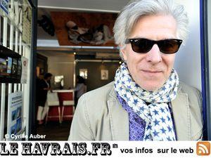 jérôme soligny, un musicien, écrivain et journaliste français passionné de pop-rock depuis son plus jeune âge