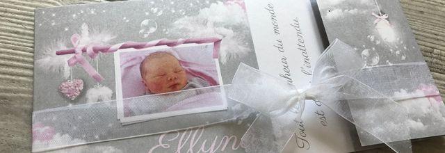 Le faire part de naissance ailes d'ange et plumes de la petite Ellyna ...