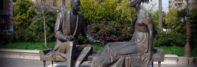 Art lyrique et statues à Foggia