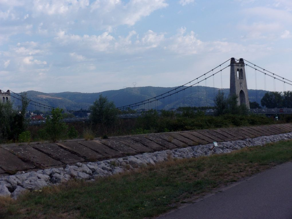 La Voulte et son pont suspendu