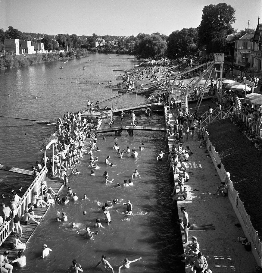 10 juillet Baignade sur la Marne entre Joinville et Nogent 1945