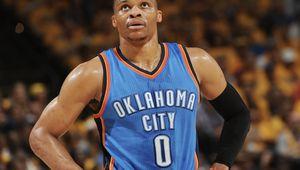 Russell Westbrook prolonge à Oklahoma City pour 85 millions de dollars sur trois ans