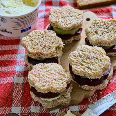 Mini-sandwiches sucrés-salés