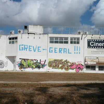 Tags politiques Lisbonne 2012