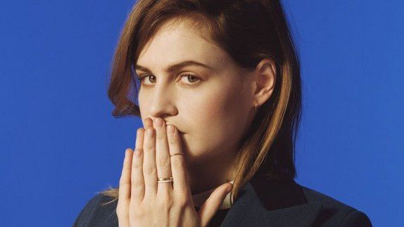 Here : Christine and the Queens et Booba