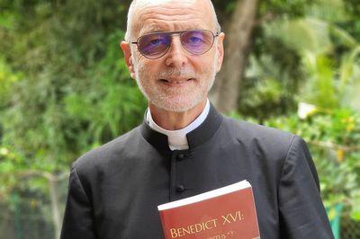 La preuve juridique de l'avocate Acosta : la démission rendue invalide intentionnellement par le pape Benoît XVI lui-même