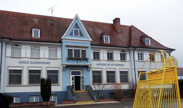 Diplômes Solidarité Défense pour l'école Saint Exupéry de Wettolsheim