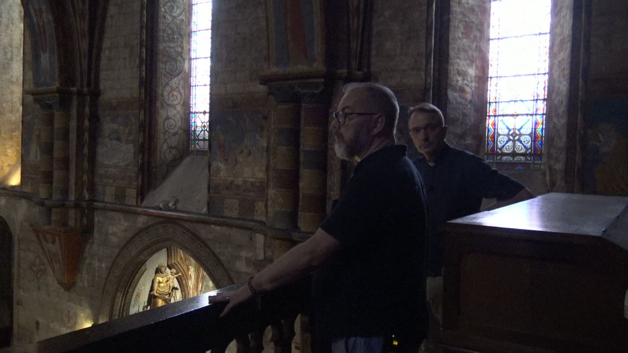 sur la tribune de l'orgue de l'église