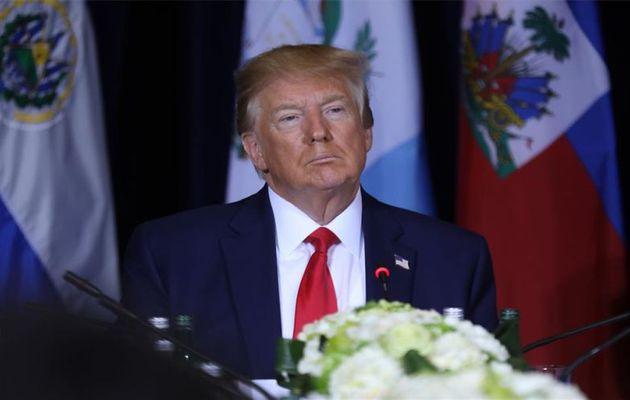 Trump se niega a firmar paquetes de ayuda económica por la pandemia